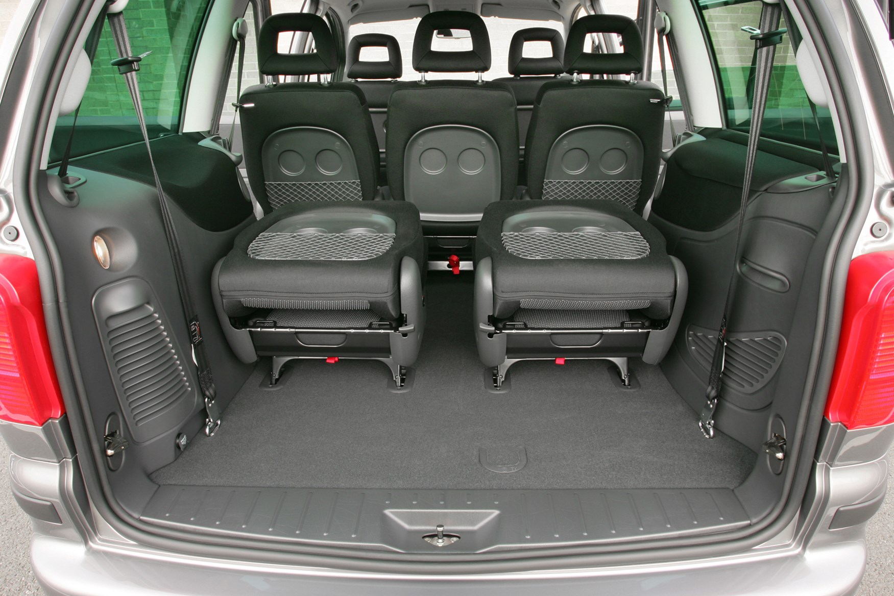 Seat Alhambra Estate Review 2000 2010 Parkers
