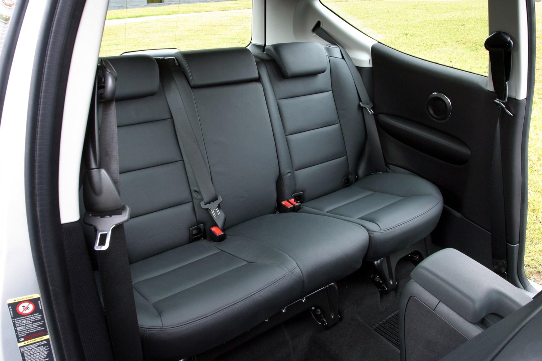 Mercedes-Benz A-Class Hatchback (2005 - 2012) Photos | Parkers