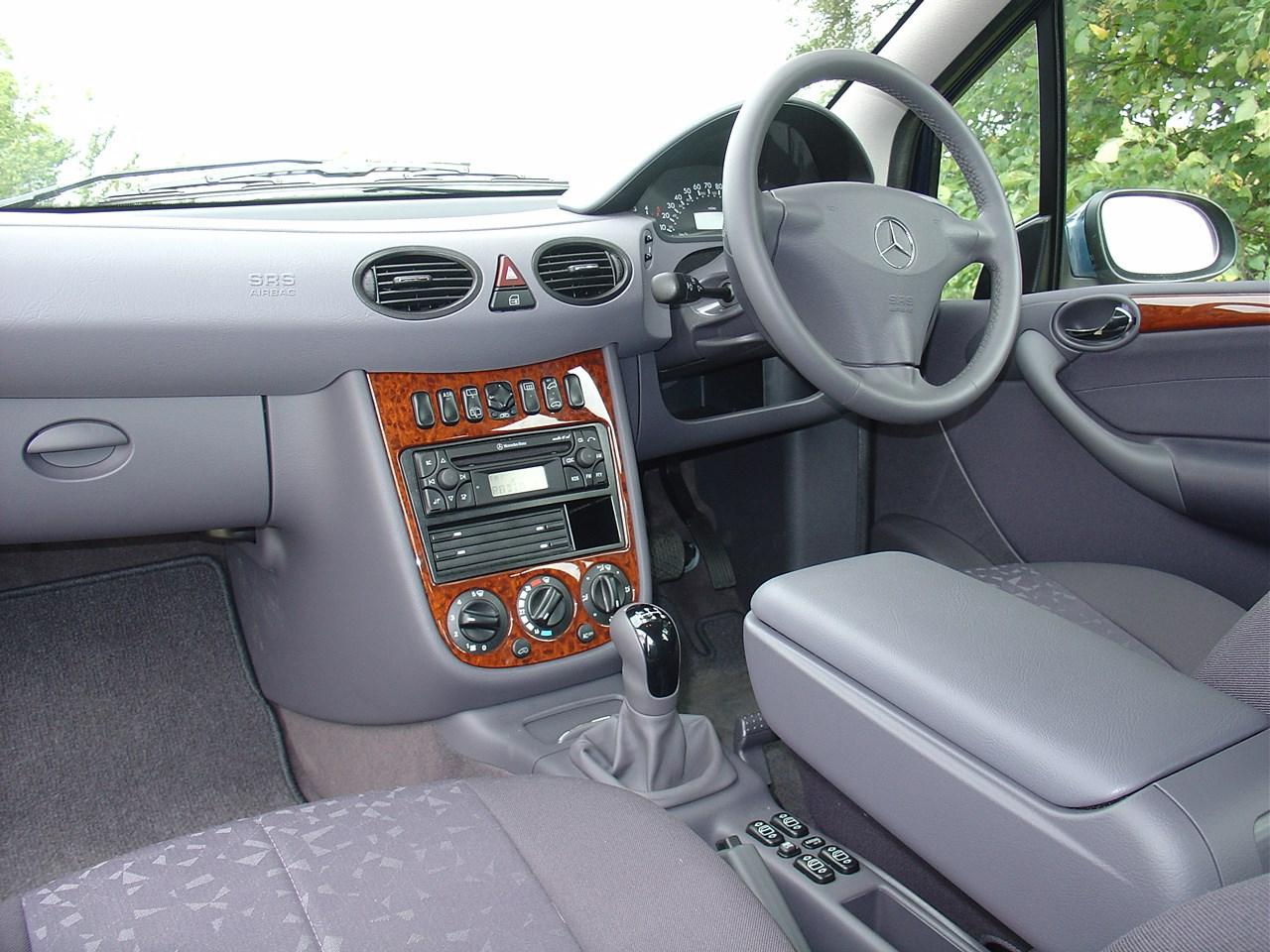 Mercedes-Benz A-Class Hatchback (1998 - 2004) Driving ...