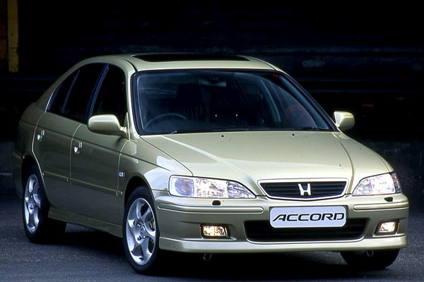 Honda Accord For Sale By Owner >> Used Honda Accord Hatchback (1999 - 2003) Review | Parkers