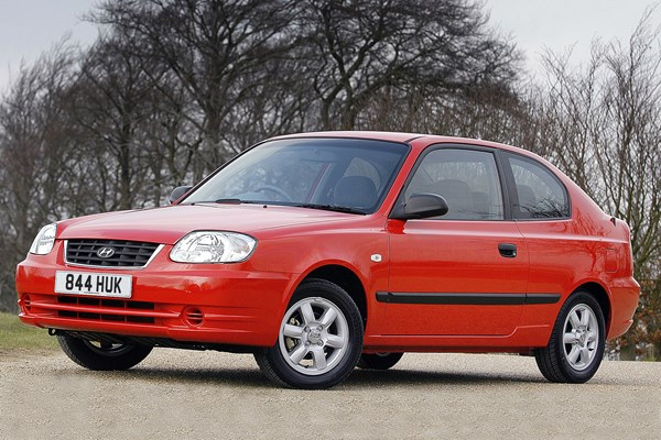Superb Hyundai Accent Hatchback (00 05)   Rated 2 Out Of 5