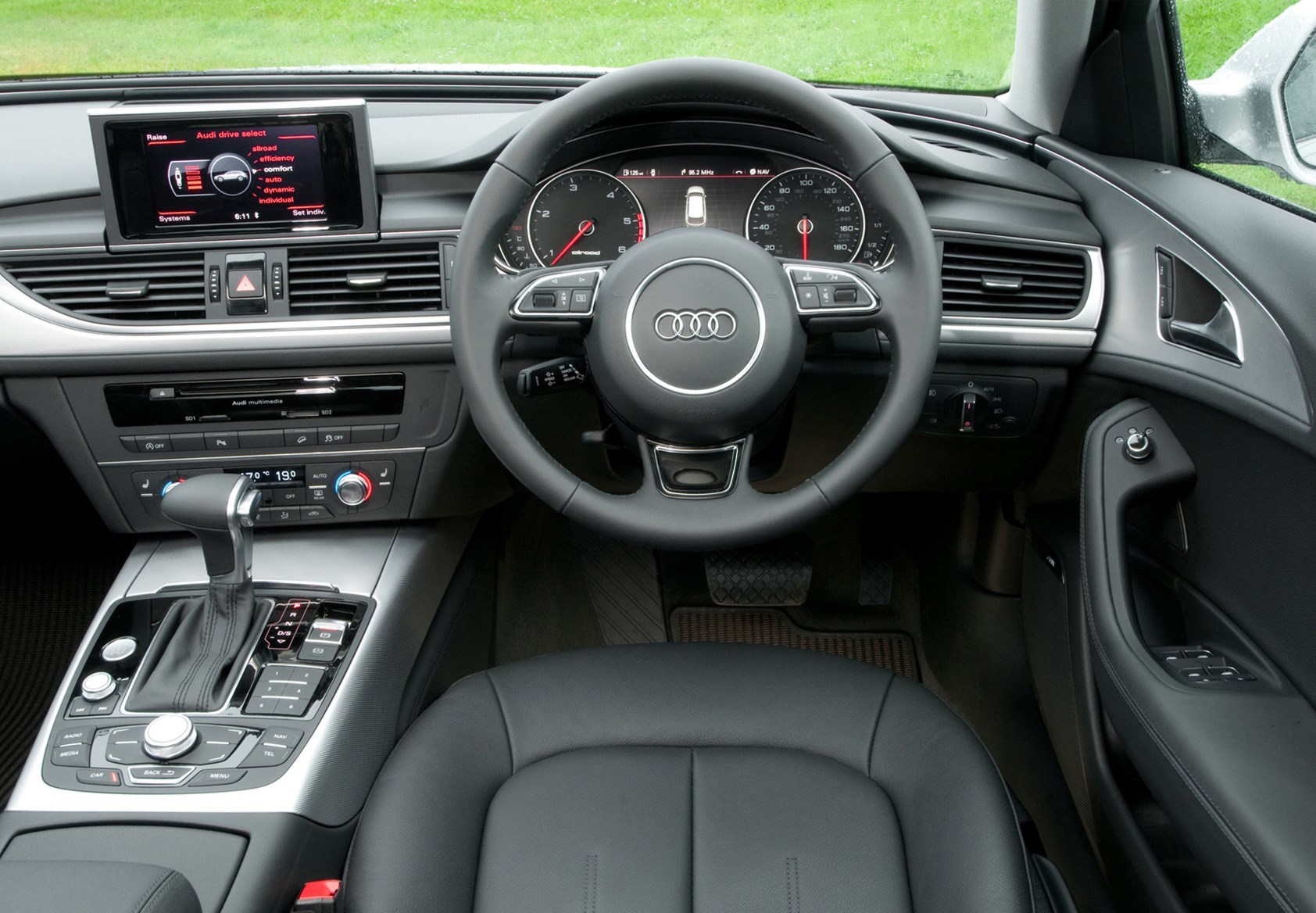 audi a6 allroad 2012 driving performance parkers rh parkers co uk audi a6 3.0 tdi manual for sale Audi A6 Manual PDF