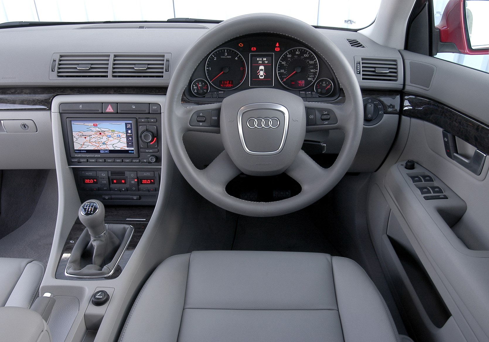 View All Images Of The Audi A4 Saloon 05 07