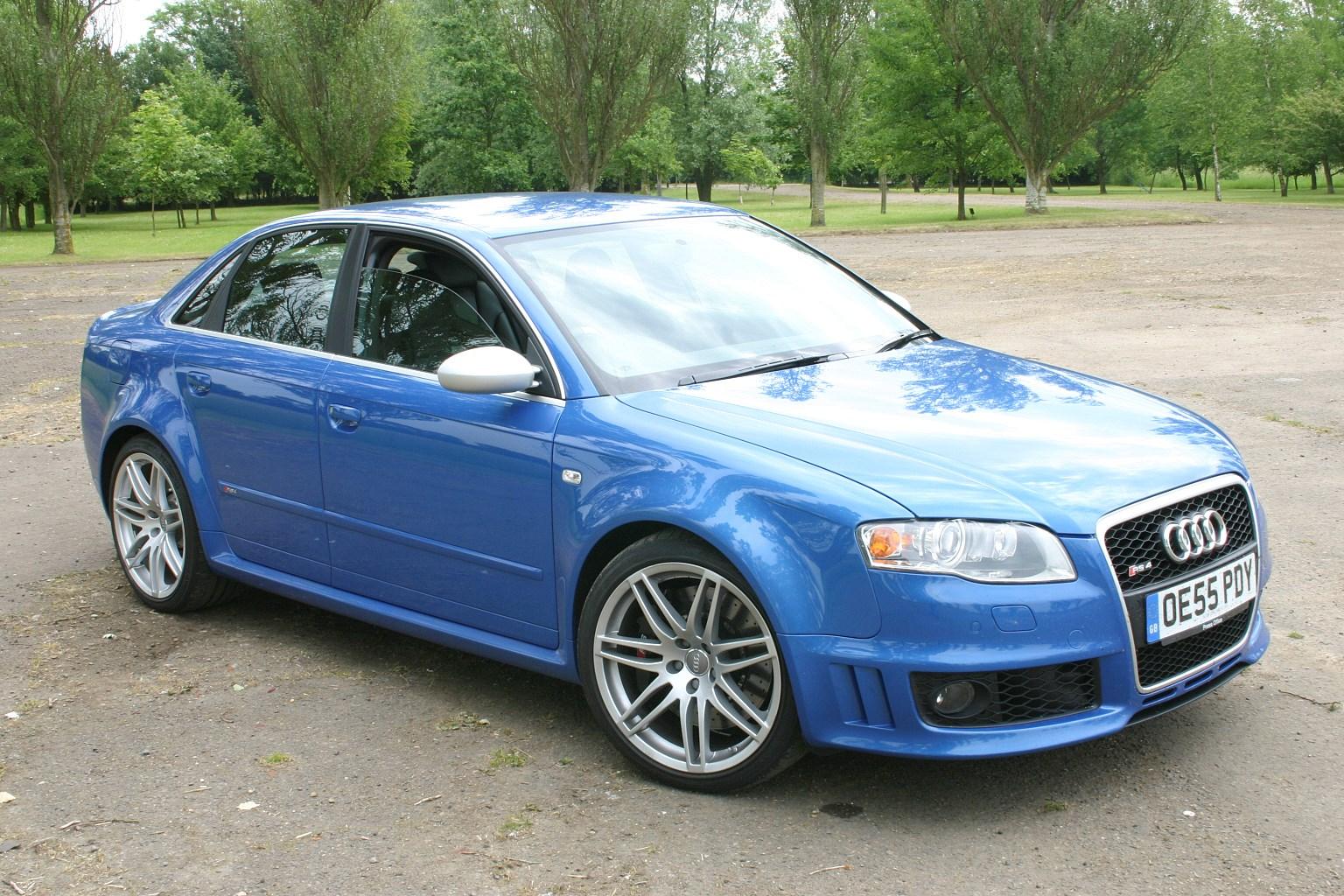 Audi a4 avant specs parkers