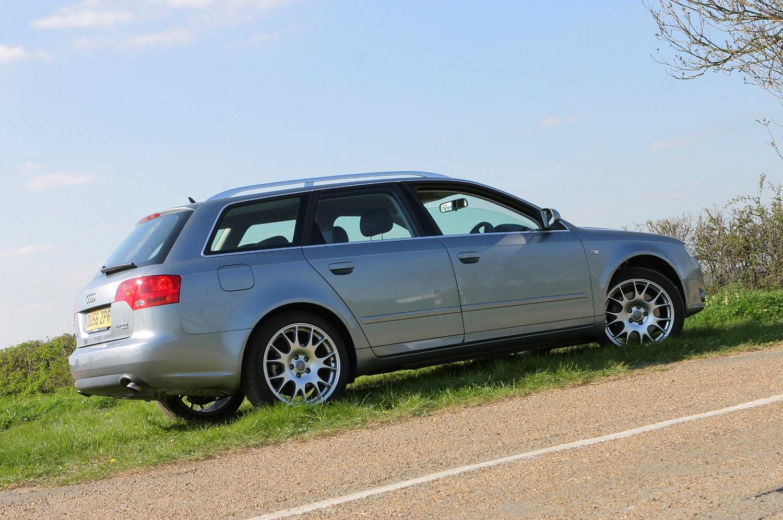 Audi A4 Avant (2005 - 2008) Photos | Parkers
