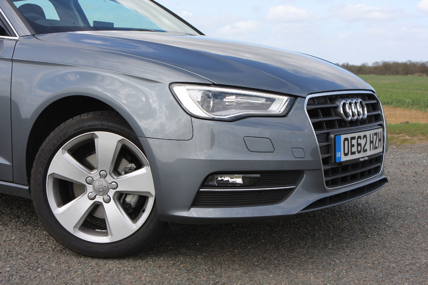 Audi A3 Sportback (2013 - ) Features, Equipment and ...
