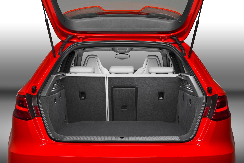audi a3 rs3 sportback review 2015 2016 parkers. Black Bedroom Furniture Sets. Home Design Ideas