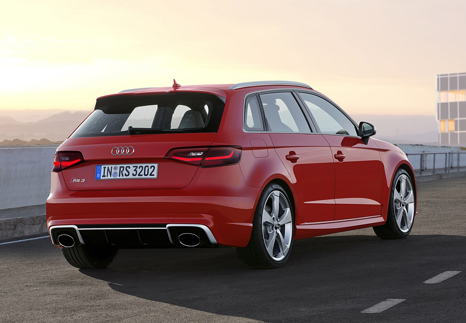audi a3 rs3 sportback 2015 2016 photos parkers. Black Bedroom Furniture Sets. Home Design Ideas