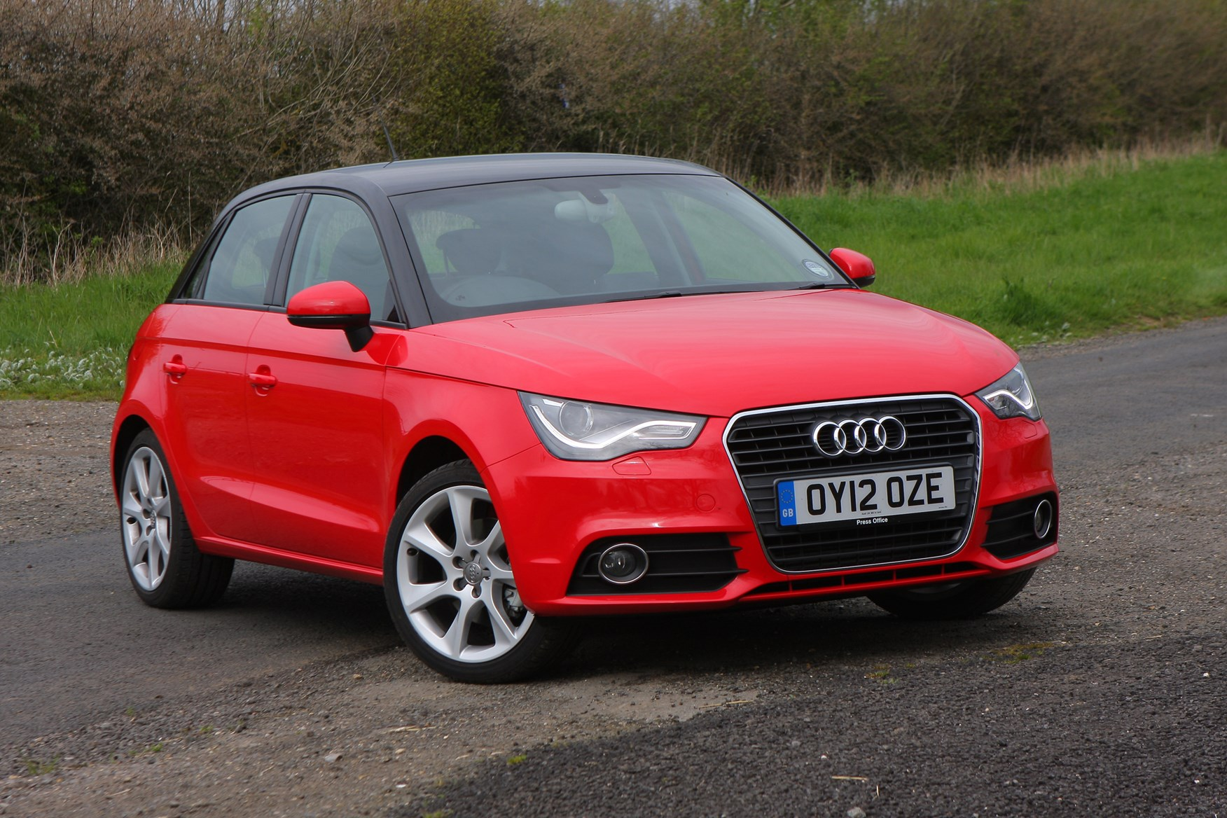 audi a1 sportback 2012 photos parkers. Black Bedroom Furniture Sets. Home Design Ideas