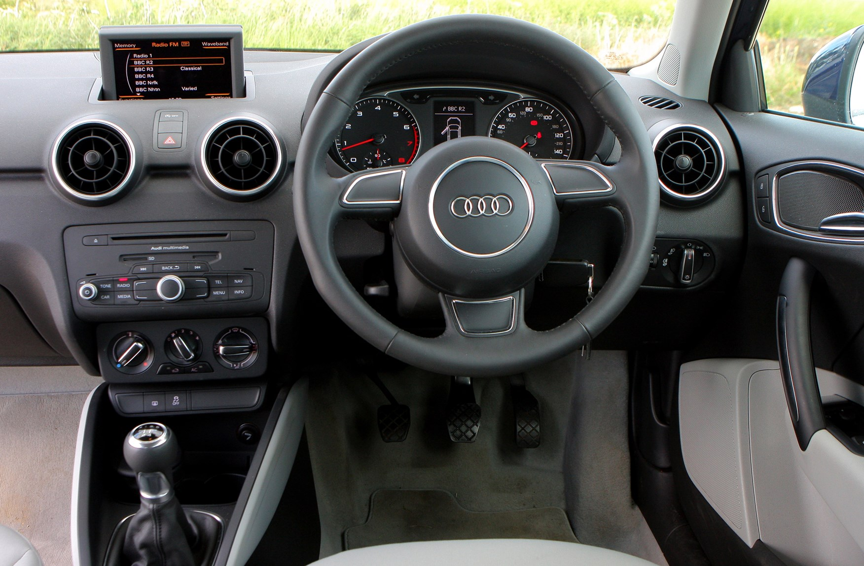 Audi a1 sportback boot dimensions crafts for Audi a1 sportback interieur