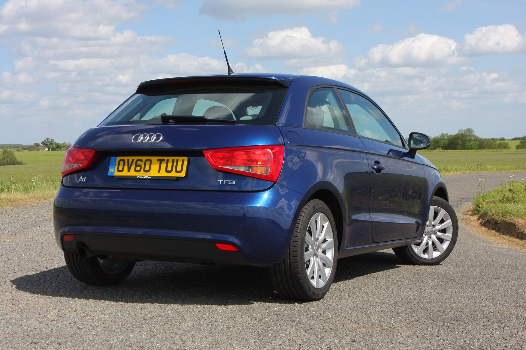 Hatchbacks For Sale >> Audi A1 Hatchback (2010 - ) Features, Equipment and Accessories | Parkers