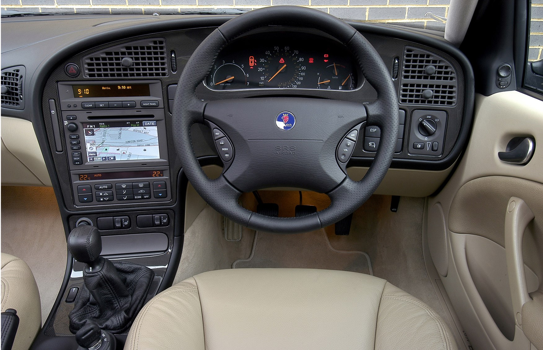 saab 9 5 saloon review 1997 2005 parkers. Black Bedroom Furniture Sets. Home Design Ideas