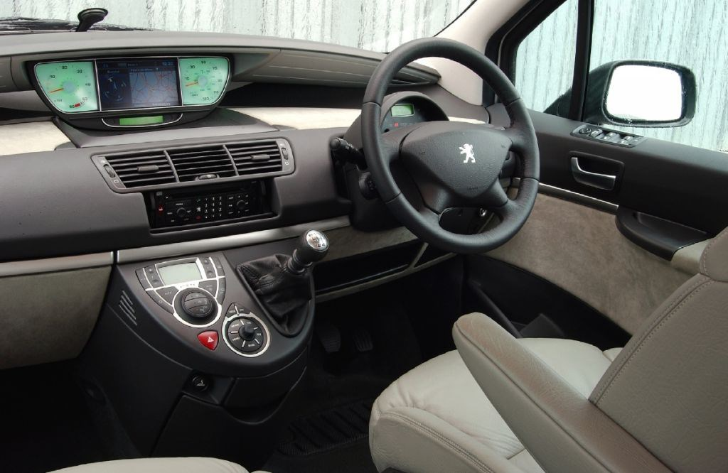 peugeot 807 estate 2002 2010 driving performance