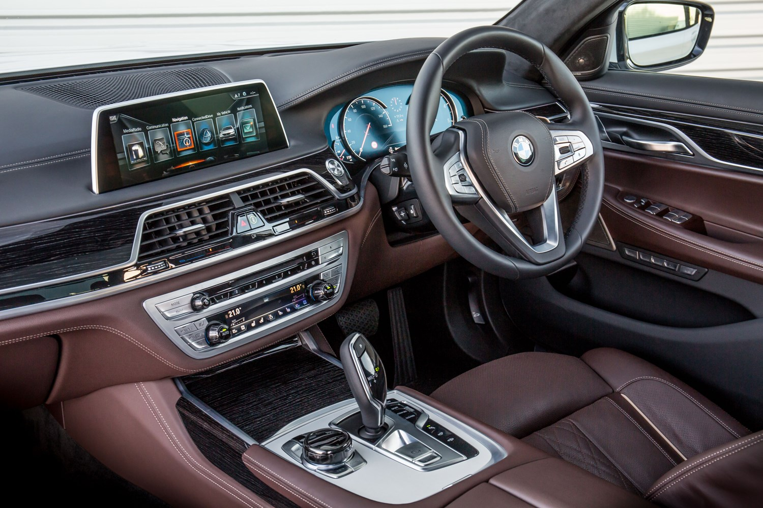 BMW 7 Series Saloon 2015