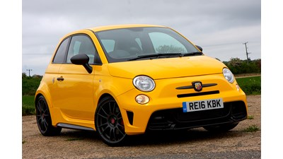 Abarth 695 Hatchback 1.4 Tjet 180hp 70th 3d