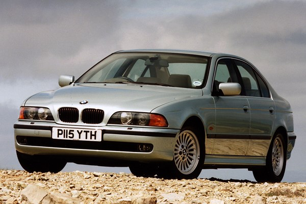 bmw 5 series saloon review 1996 2003 parkers. Black Bedroom Furniture Sets. Home Design Ideas