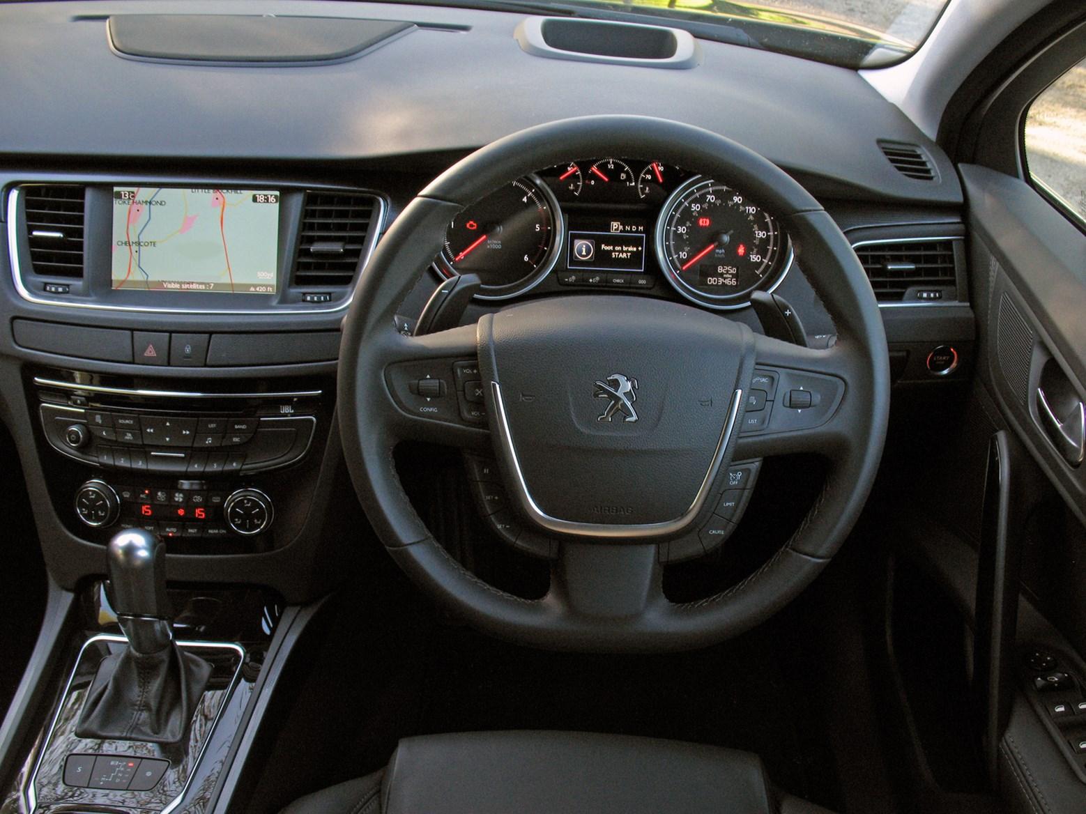 Peugeot 508 sw 2011 driving performance parkers - Interior peugeot 508 ...