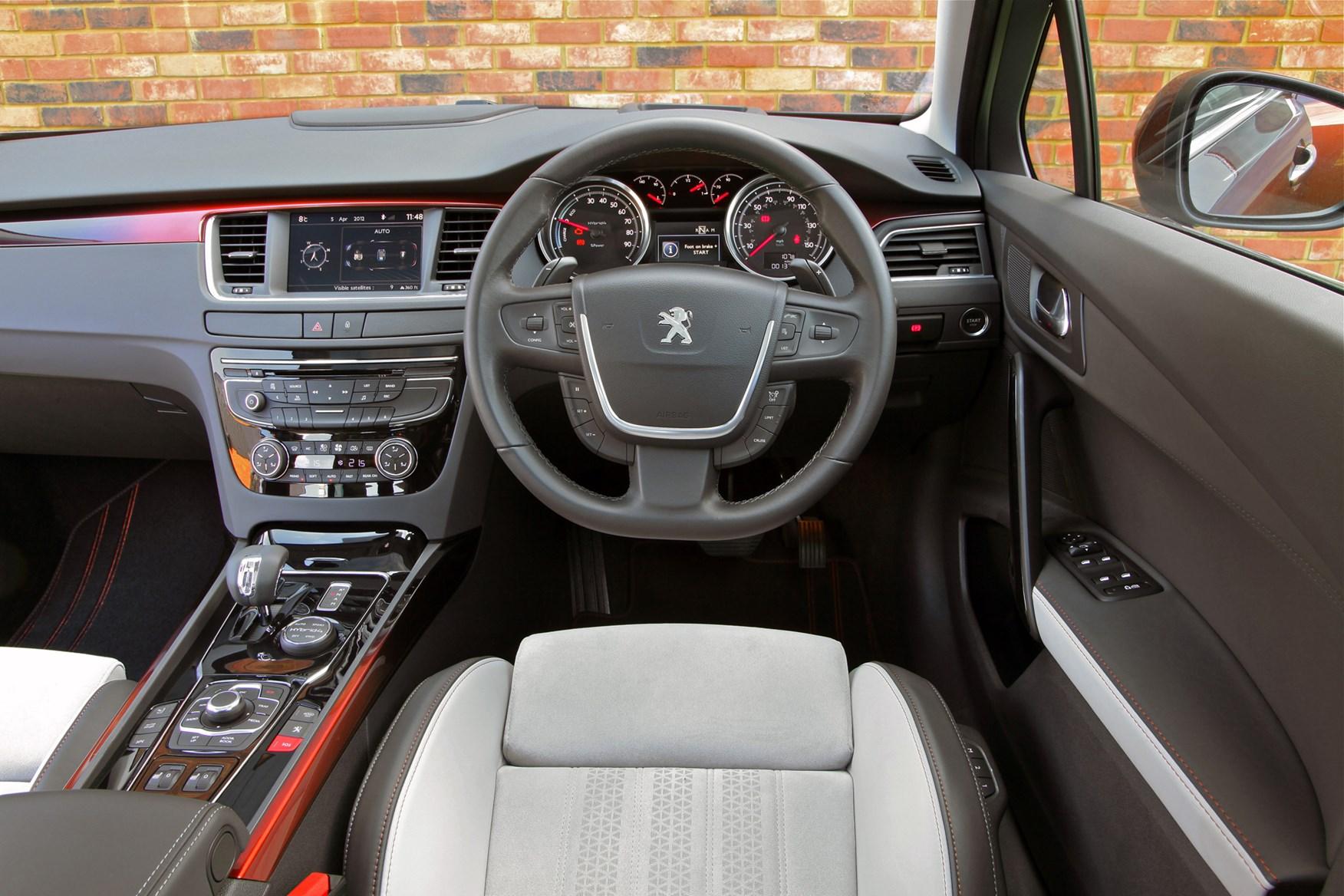 Peugeot 508 RXH (2012 - 2017) Driving & Performance | Parkers