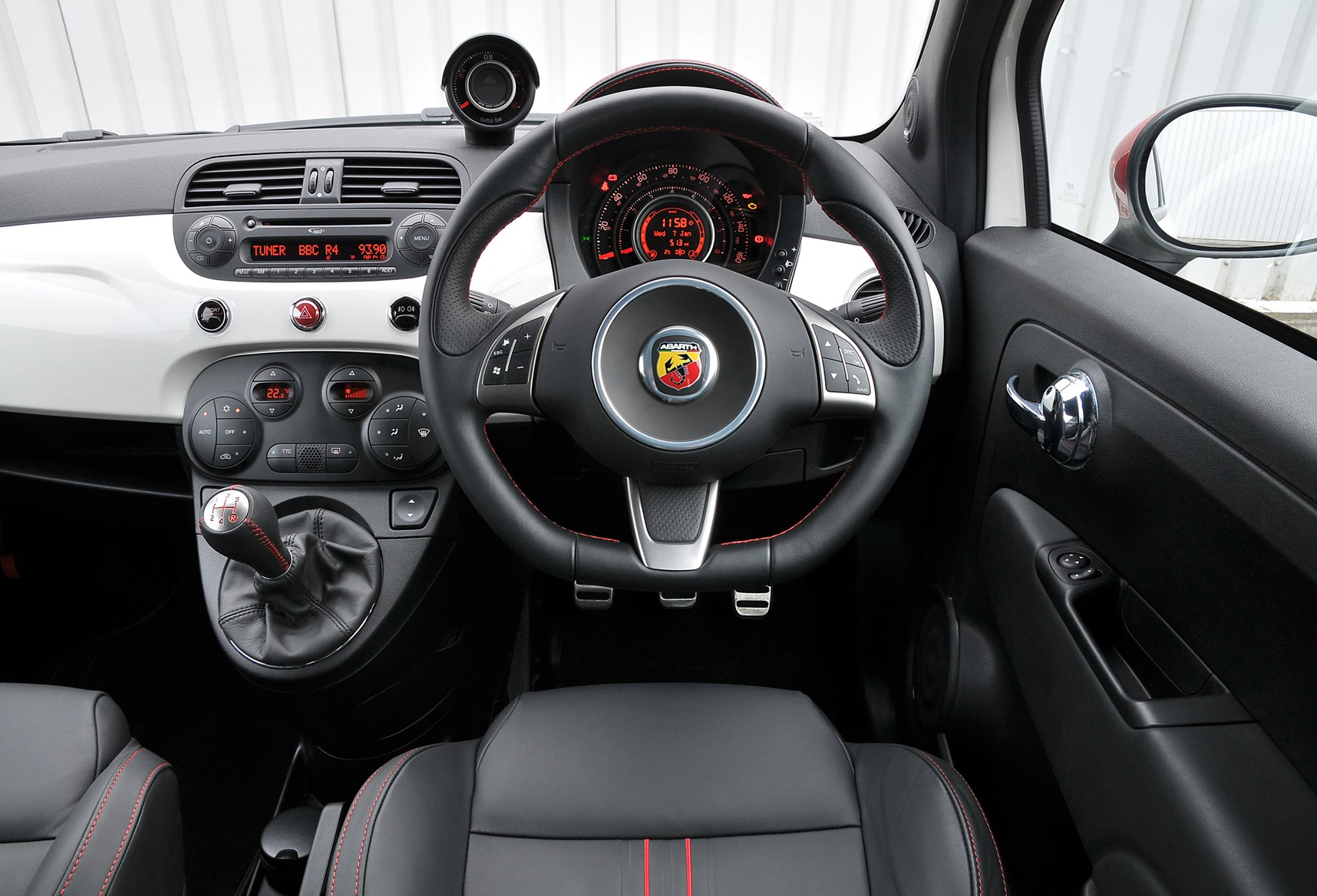 specs size models competizione performance abarth engine data laptimes fiat
