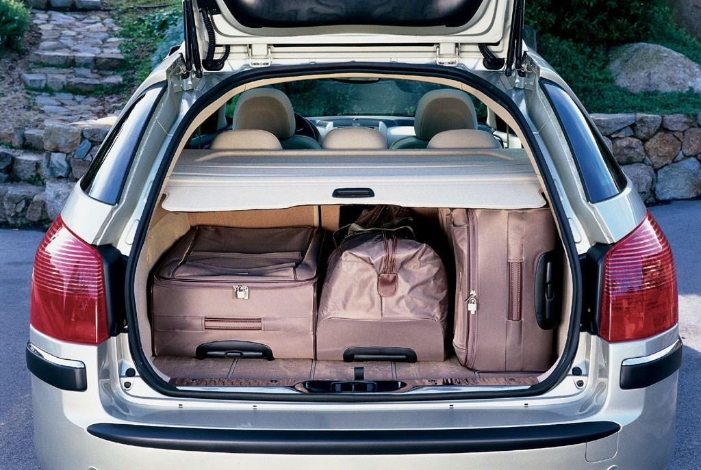 Peugeot 407 sw estate review 2004 2011 parkers for Interieur 407