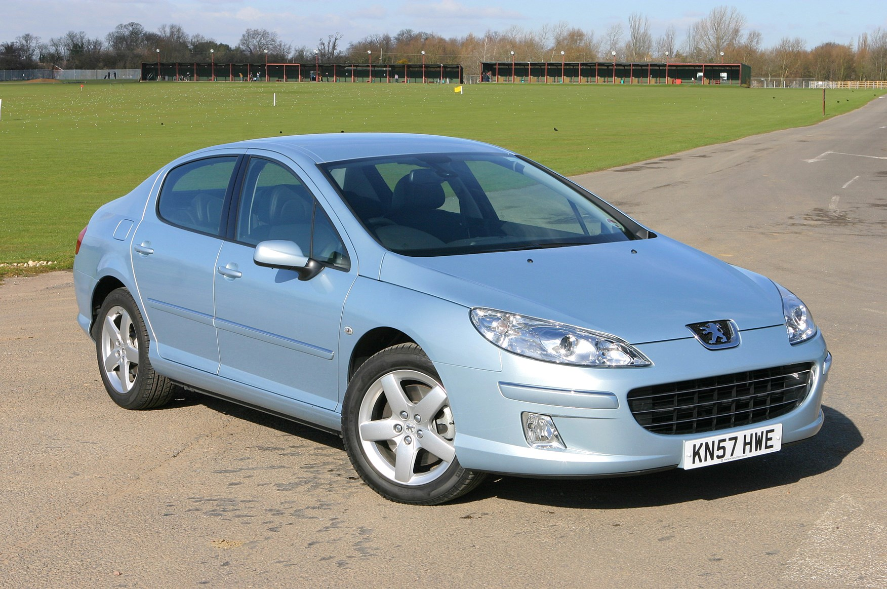 Peugeot 407 Saloon (2004 - 2011) Photos | Parkers