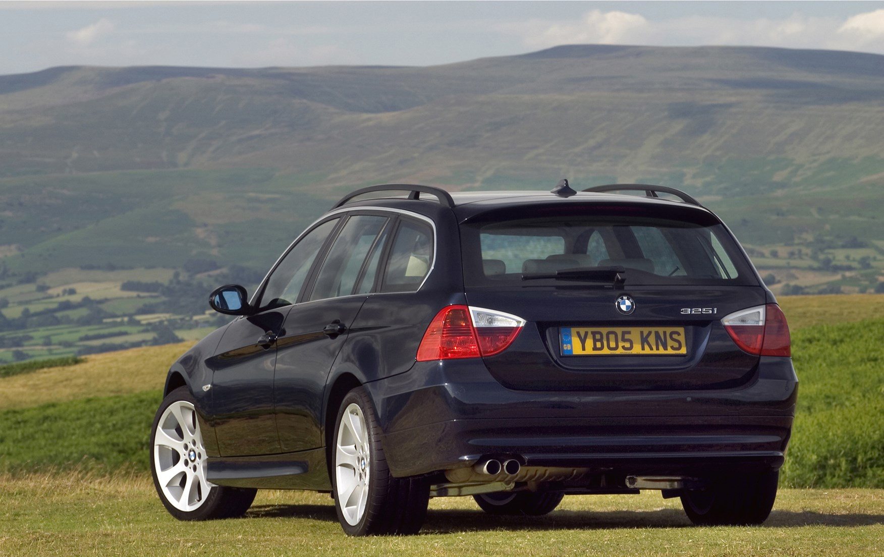 bmw 3 series touring 2005 2012 photos parkers. Black Bedroom Furniture Sets. Home Design Ideas