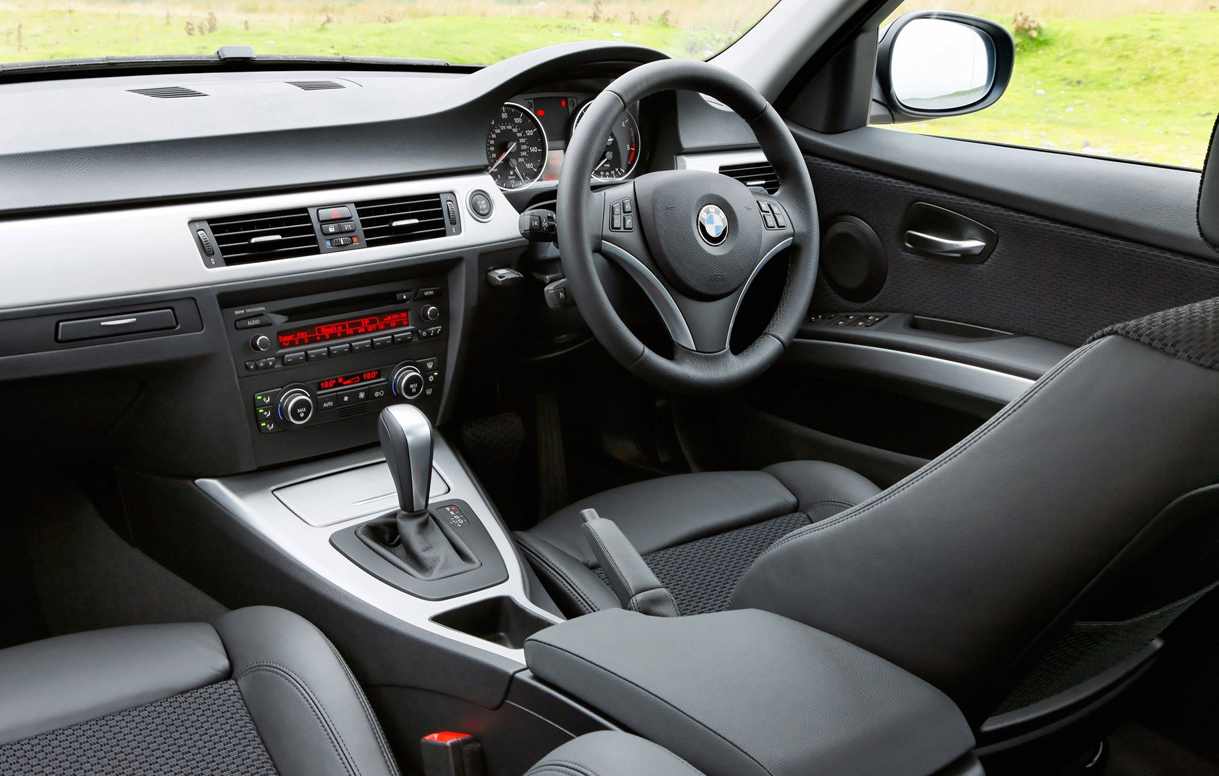 Car models com 2012 bmw 3 series - View All Images Of The Bmw 3 Series Saloon 05 11