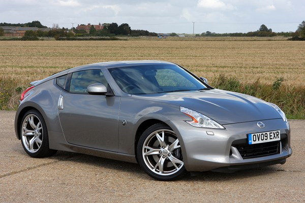 Nissan 370Z Roadster Review (2010 - 2014) | Parkers