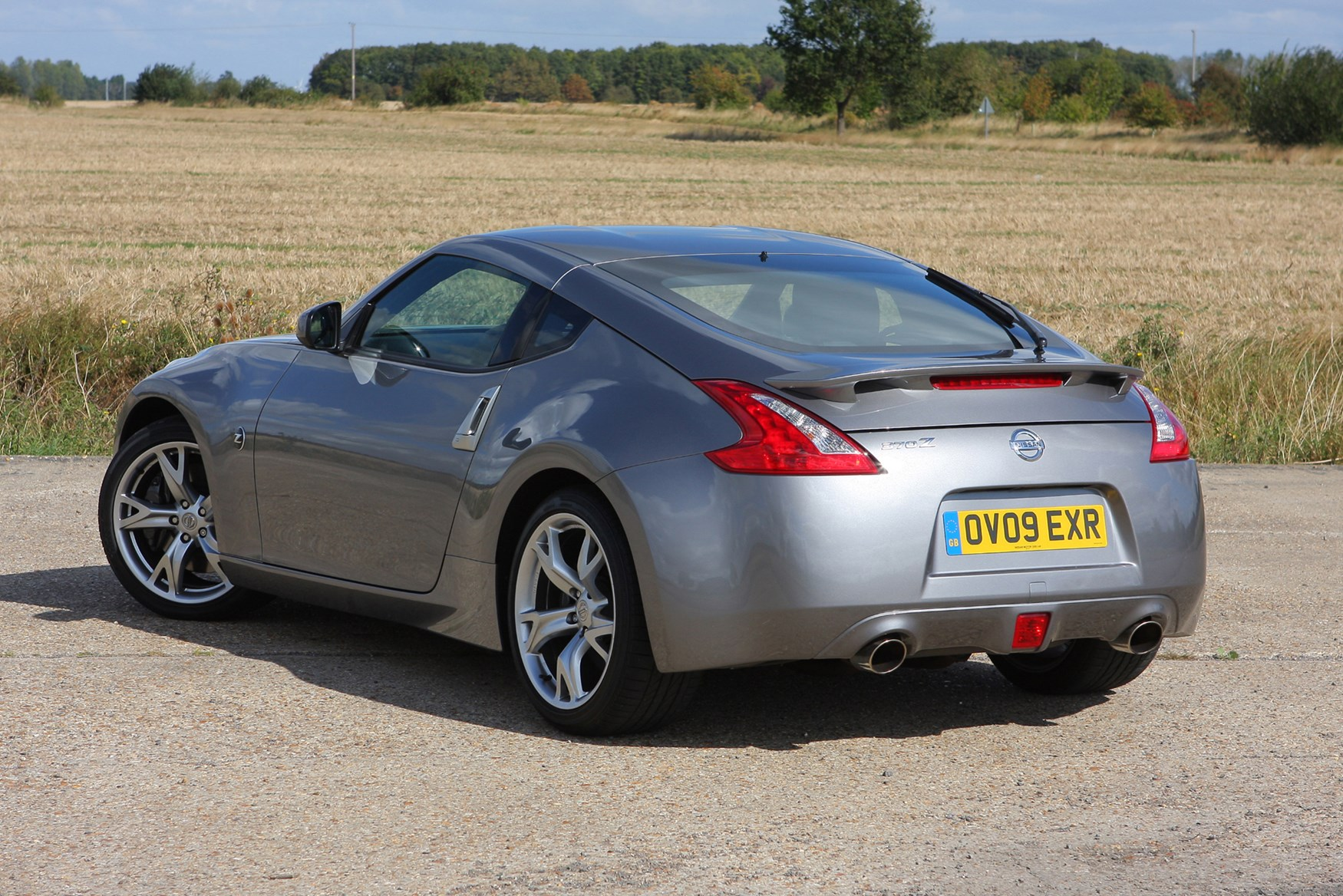 Nissan 370Z Coupe (2009 - ) Photos | Parkers