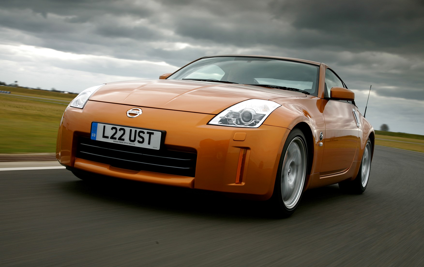 View All Images Of The Nissan 350Z Coupe 03 10