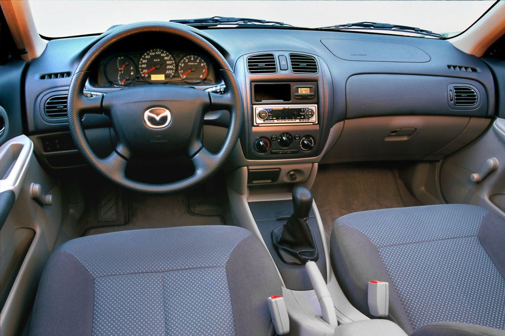mazda 323 hatchback review (1998 - 2003) | parkers