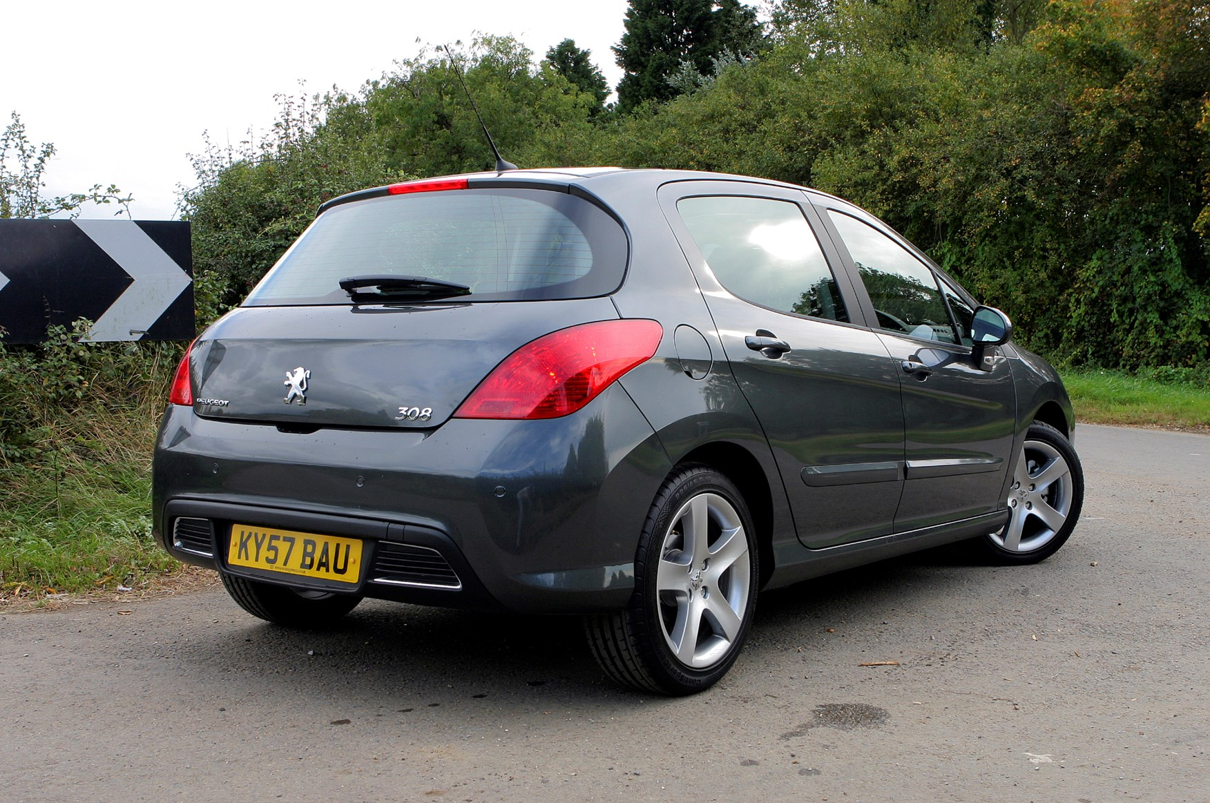 Peugeot 308 Hatchback 2007 2013 Photos Parkers