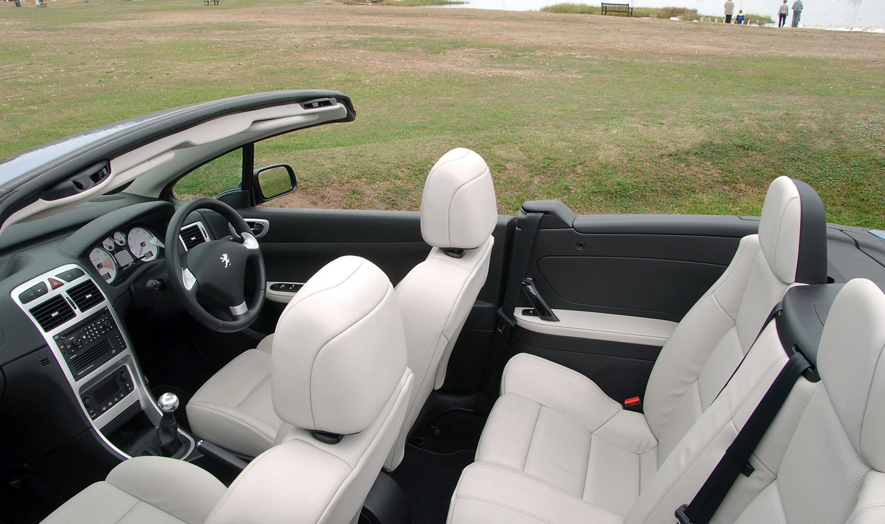 peugeot 307 coupé cabriolet review (2003 - 2008) | parkers