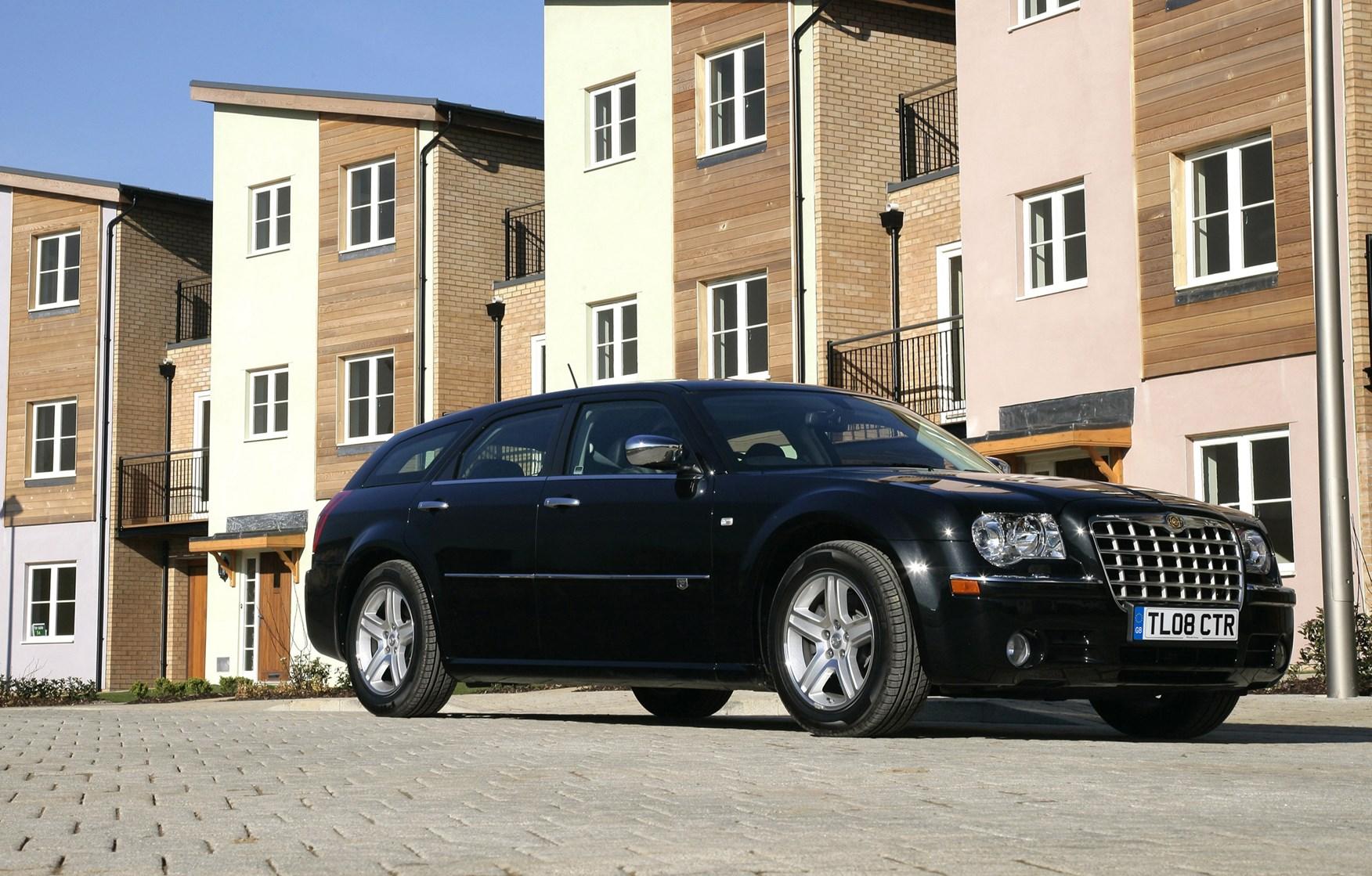 page 2 chrysler 300c saloon 2005 owner review car autos post. Black Bedroom Furniture Sets. Home Design Ideas