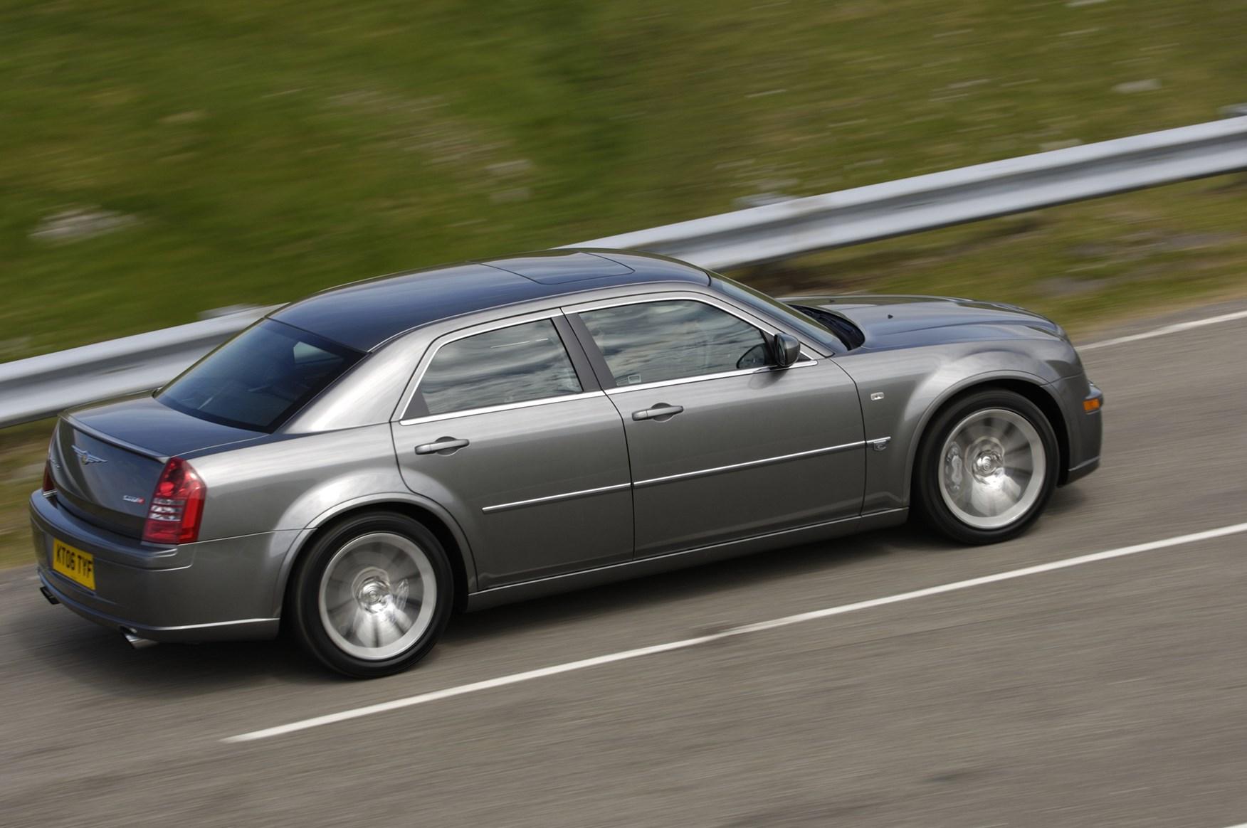 Moving Company Reviews >> Chrysler 300C SRT-8 (2006 - 2010) Photos | Parkers