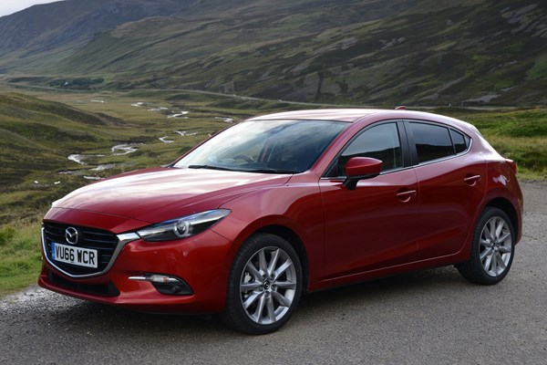 mazda 3 hatchback from 2013 used prices parkers. Black Bedroom Furniture Sets. Home Design Ideas
