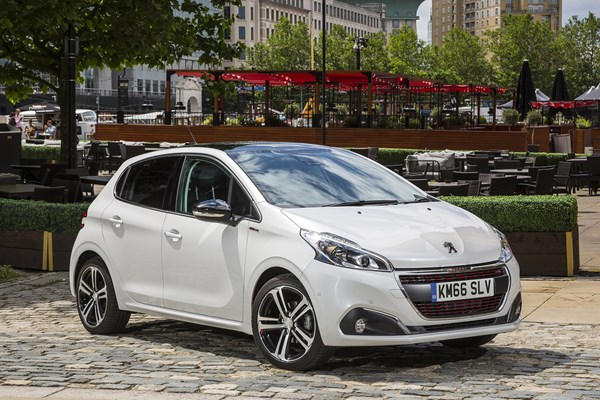 peugeot 208 hatchback from 2012 used prices parkers. Black Bedroom Furniture Sets. Home Design Ideas