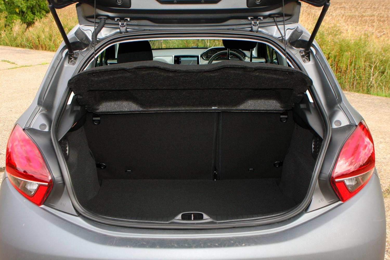 Peugeot 208 Hatchback (2012