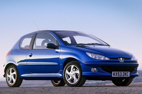 Peugeot 206 Hatchback Review (1998 - 2009) | Parkers