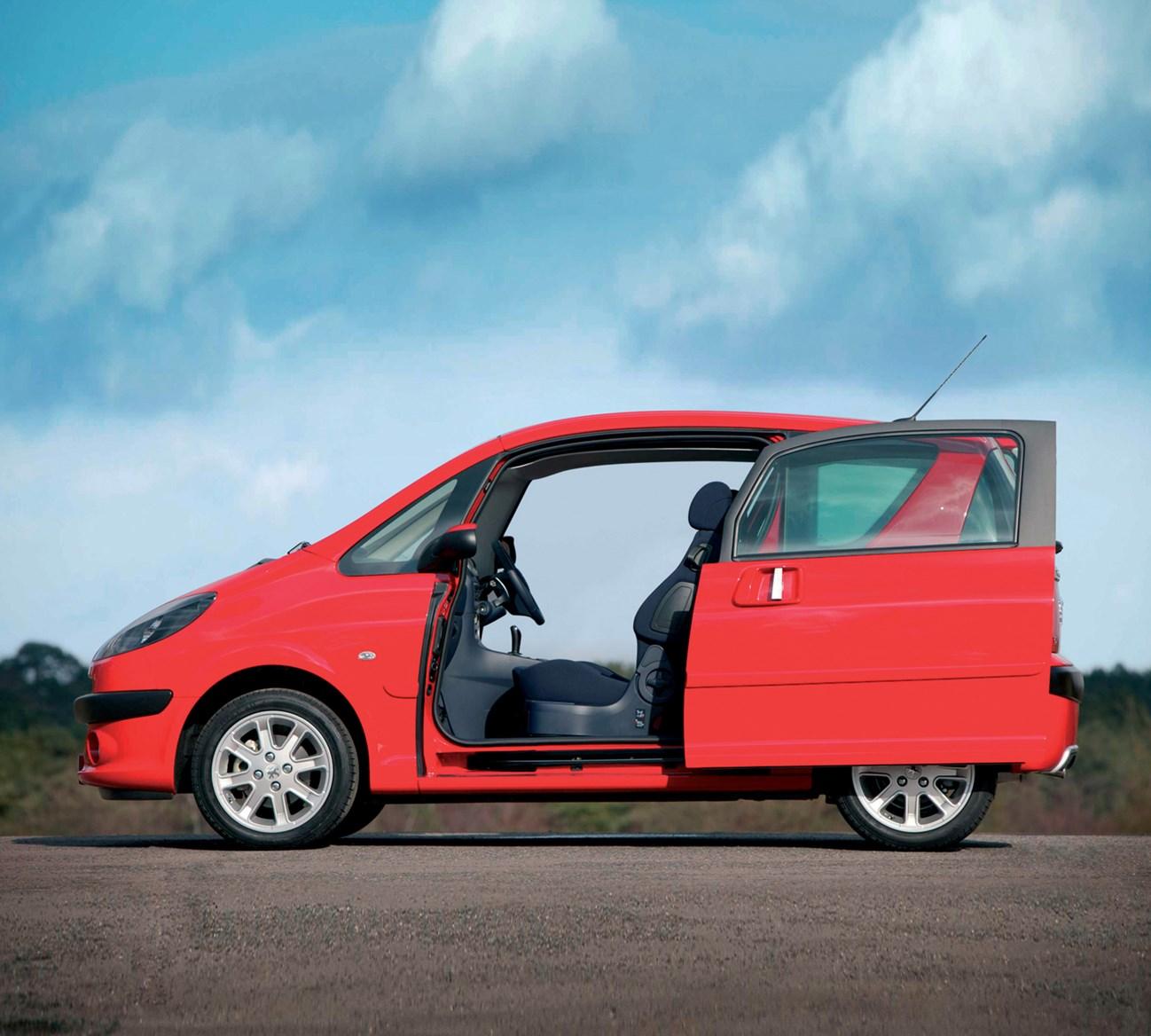 Peugeot 1007 Hatchback (2005 - 2009) Photos