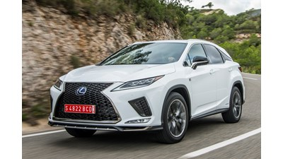 Lexus RX SUV F Sport with Panoramic Roof 4WD E-CVT auto 5d