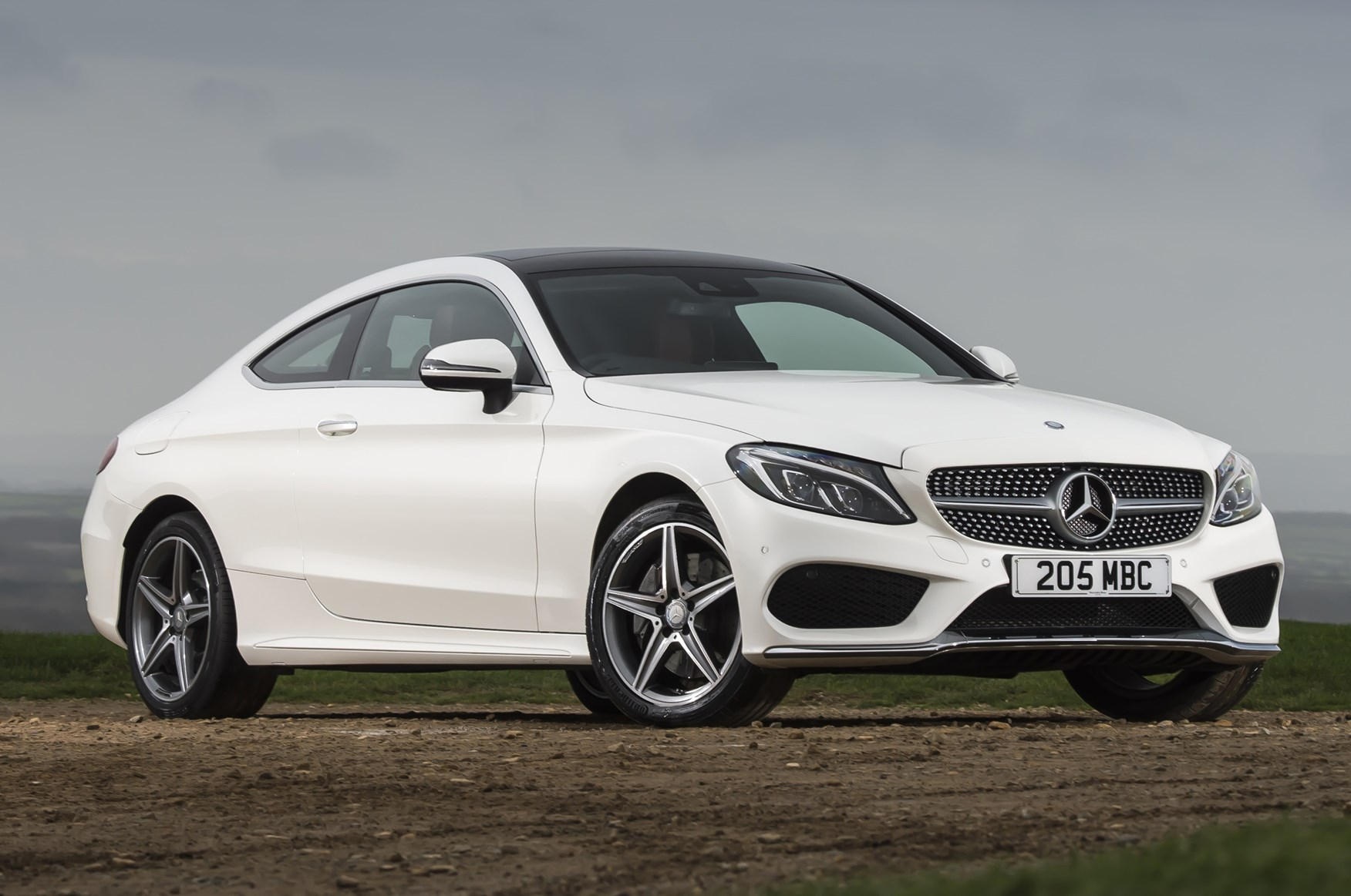 Mercedes benz c class coup 2015 photos parkers for Mercedes benz in charlotte