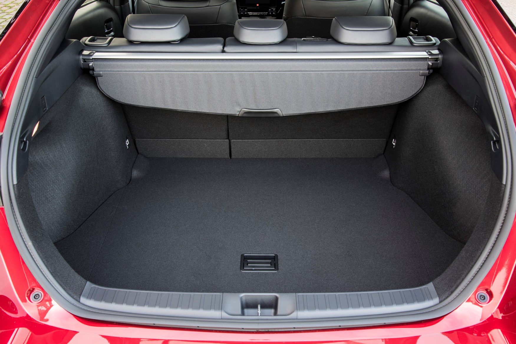 Toyota Prius Hatchback 2015 Features Equipment And
