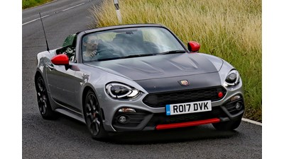 Abarth 124 Spider Convertible 1.4 Turbo MultiAir 170hp 2d