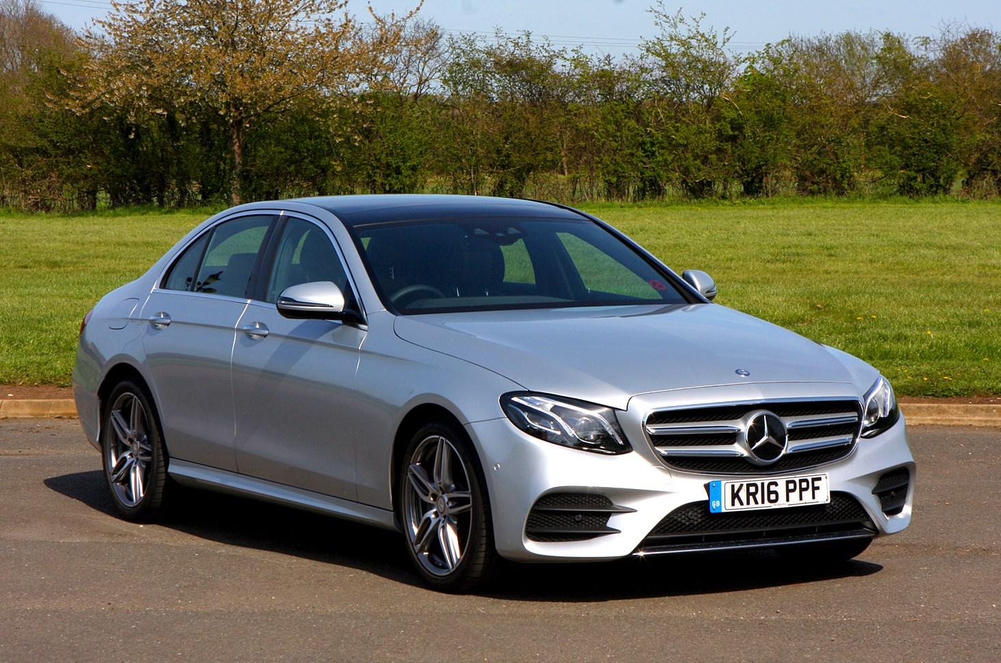 Mercedes benz e class saloon 2016 photos parkers for Mercedes benz e class images