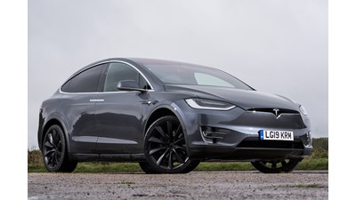 Tesla Model X SUV Long Range (Six Seat Interior) auto 5d