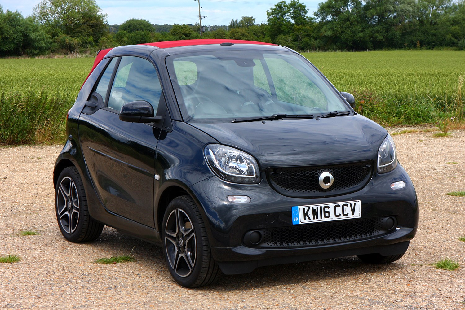 smart fortwo cabriolet 2016 photos parkers. Black Bedroom Furniture Sets. Home Design Ideas