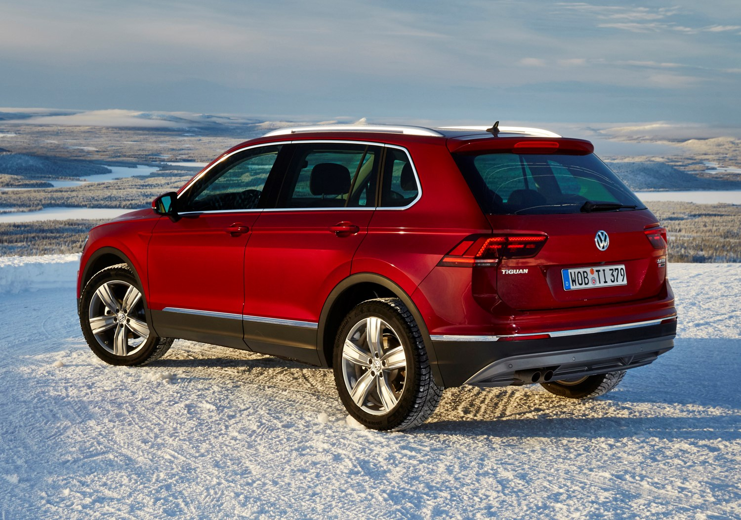 Volkswagen Tiguan Estate 2016 Features Equipment And