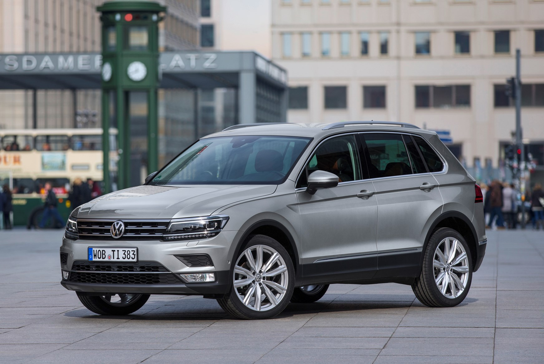 reviews car vw tiguan volkswagen models review by magazine