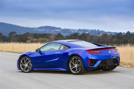 All This And Yet Honda Claims The Nsx Will Return 28mpg With Co2 Emissions Of 228g Km